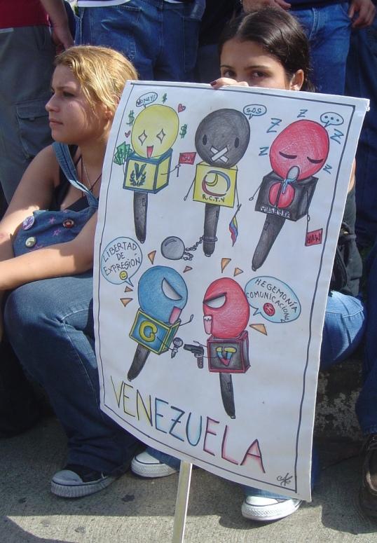 La pregunta ahora que no está Hugo Chávez es ¿qué fue lo que el dejó? Foto: LuisCarlos Díaz via photopin cc